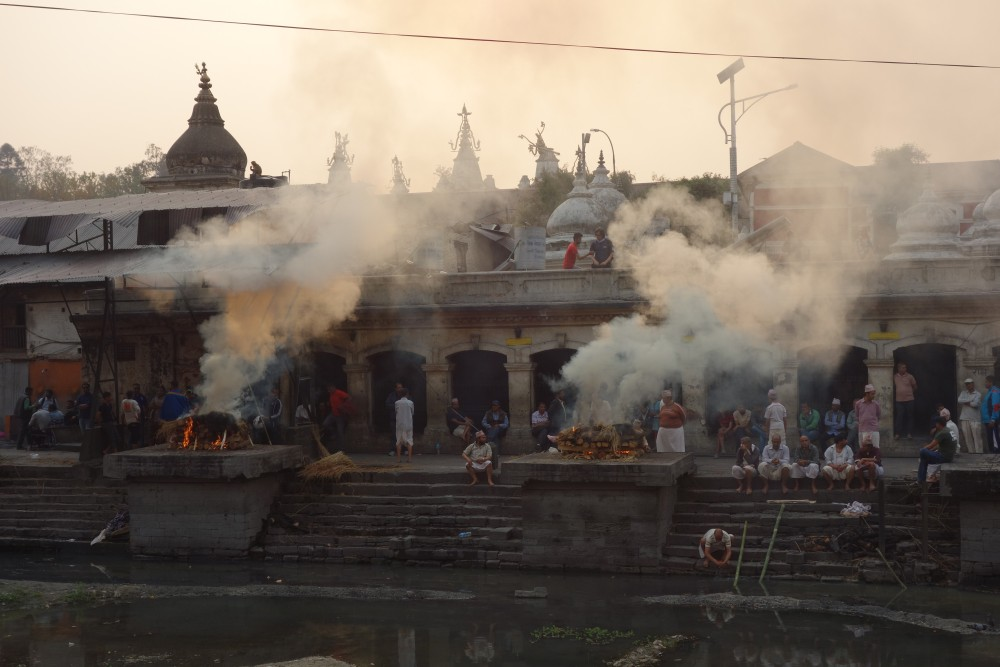 Verbrennung beim Pashupatinath Tempel