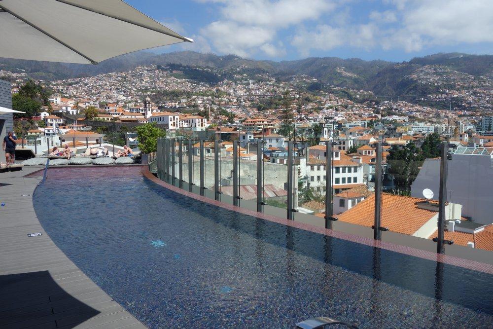 Funchal Panorama vom Hoteldach