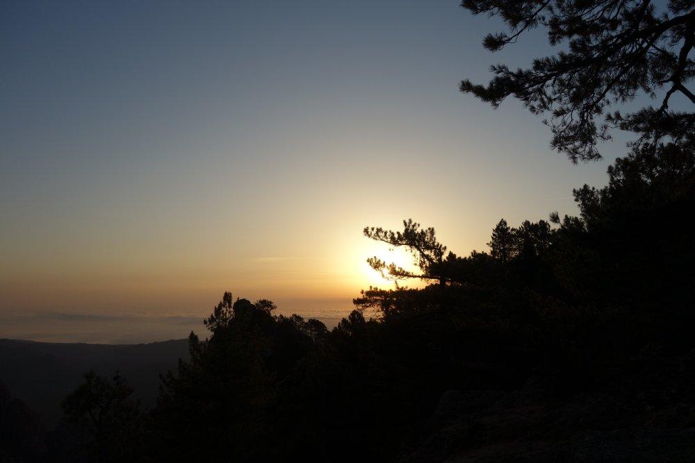 Sonnenaufgang an der Refuge de Paliri