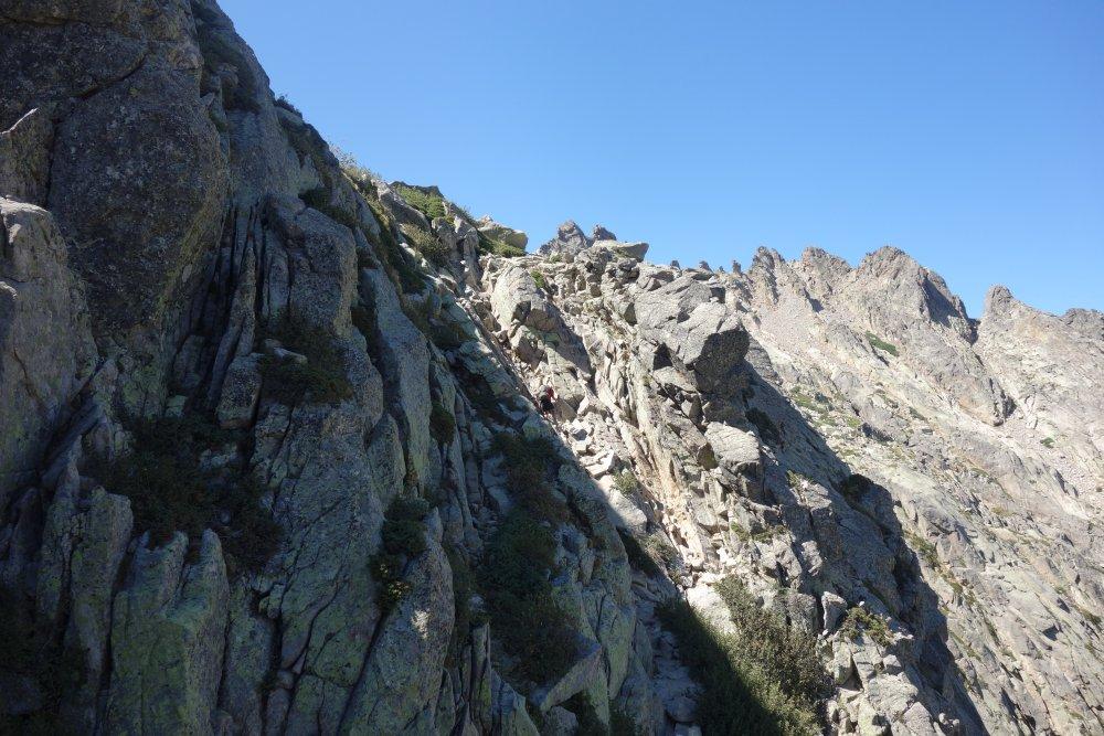 Extreme Kletterei auf dem Weg zur Brèche de Capitello