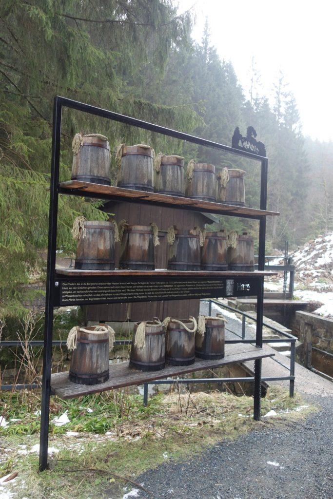 Eimer der Wasserknechte