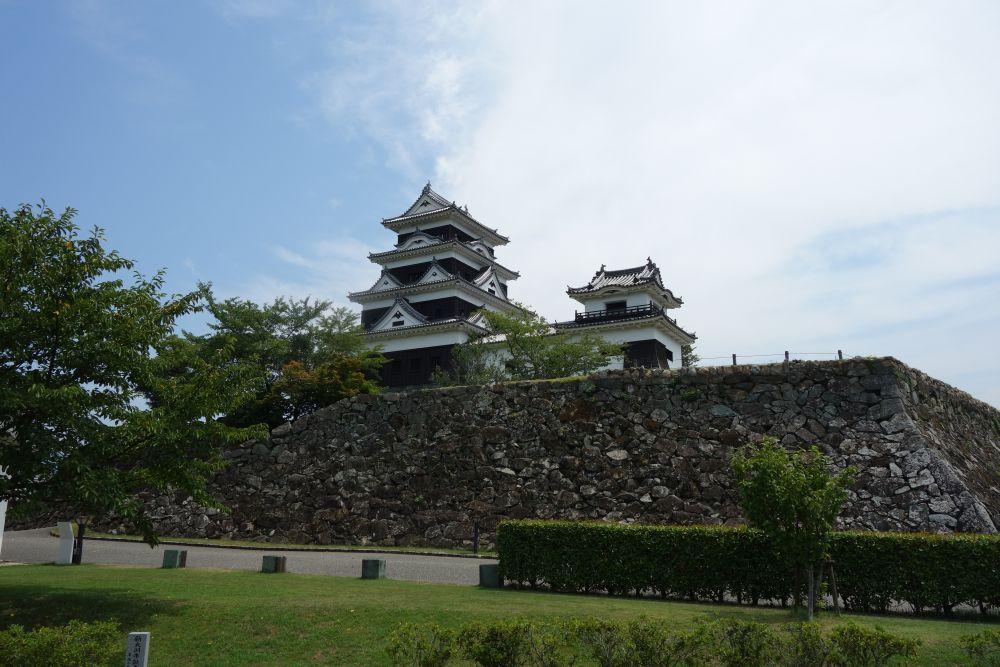 Burg Ôzu